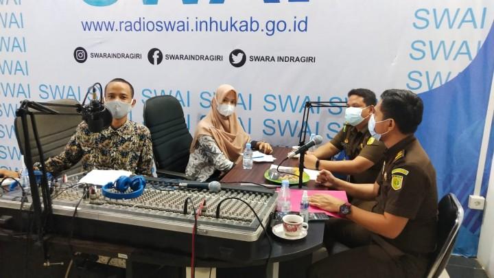 Sapa Masyarakat, Kejari Inhu Gelar Talkshow Special Lewat Radio SWAI FM